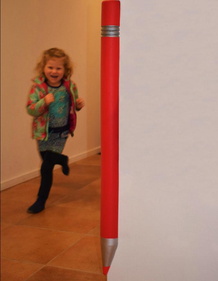 Corner-Guard-Deluxe-Pen-Red-Light